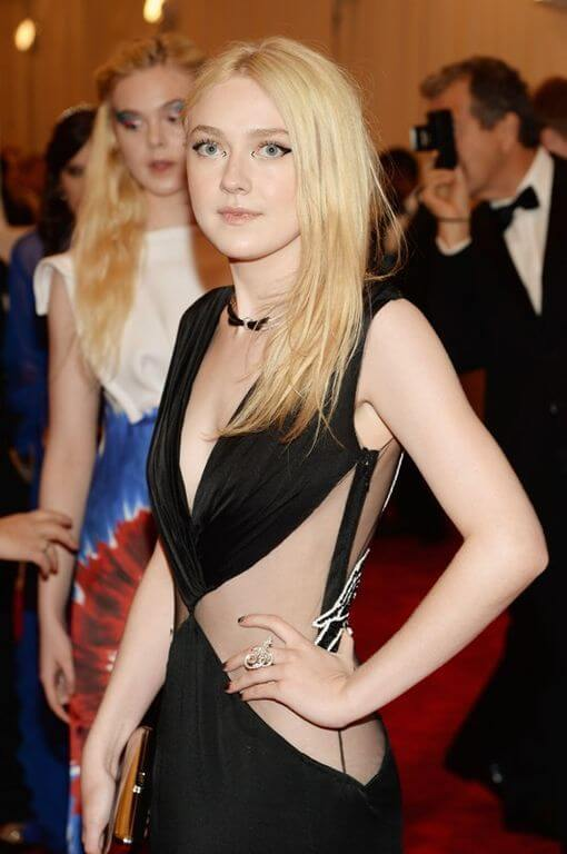 Elle Fanning, Height, Weight, Bra Size, Age, Measurements