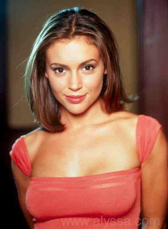 Alyssa Milano, Height, Weight, Bra Size, Age, Measurements