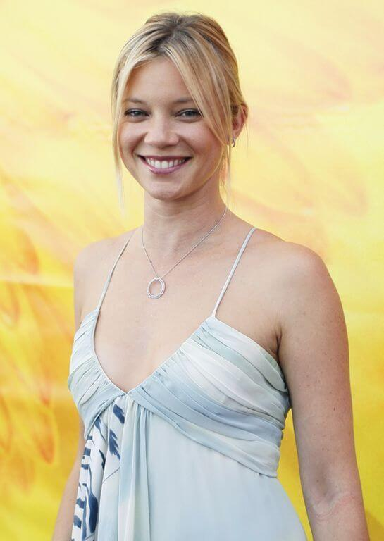Amy Smart, Height, Weight, Bra Size, Age, Measurements