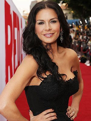 Catherine Zeta-Jones Height Weight Body Measurements ...