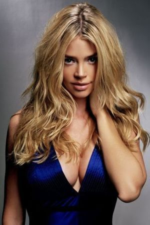 Denise Richards, Height, Weight, Bra Size, Age, Measurements