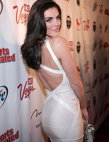 Hilary Rhoda, Height, Weight, Bra Size, Age, Measurements