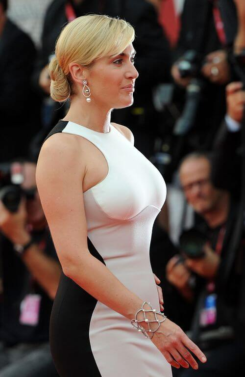 Kate Winslet Size And Height >> Kate Winslet Height Weight Body Measurements Hollywood Measurements