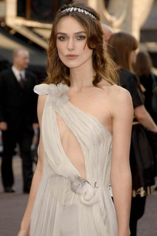 Keira Knightley, Height, Weight, Bra Size, Age, Measurements