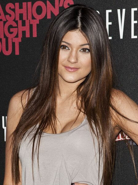 Kylie Jenner, Height, Weight, Bra Size, Age, Measurements