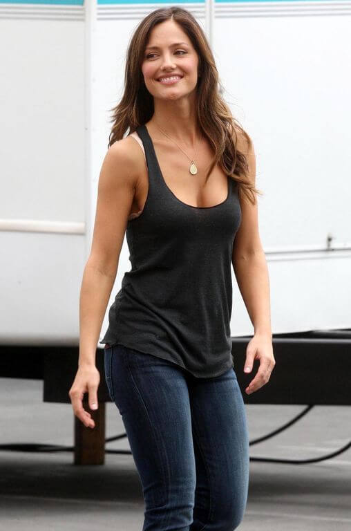 Minka Kelly Body Measurements