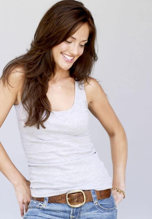 Minka Kelly, Height, Weight, Bra Size, Age, Measurements