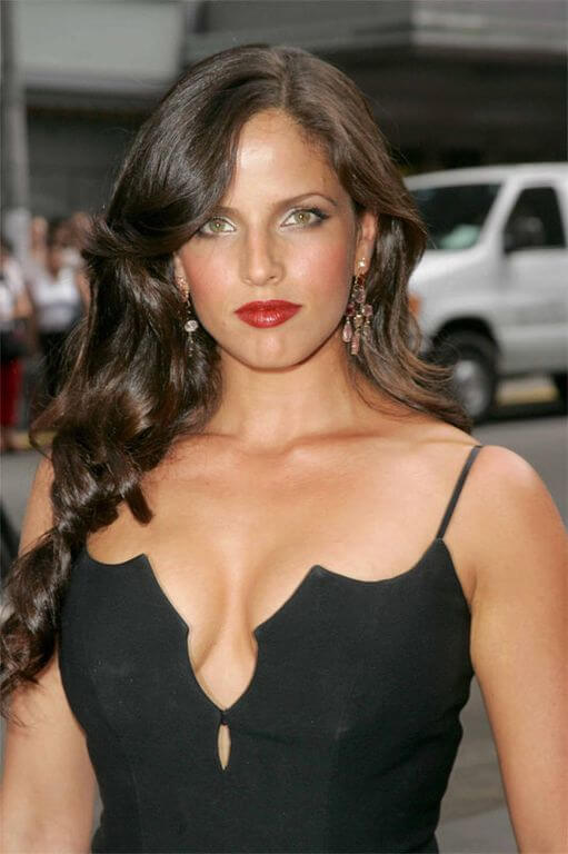 Noa Tishby, Height, Weight, Bra Size, Age, Measurements