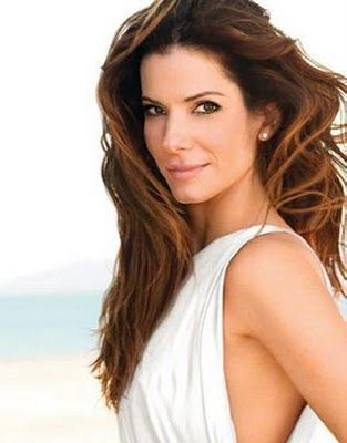 Sandra Bullock, Height, Weight, Bra Size, Age, Measurements