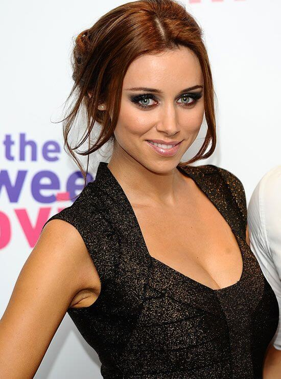 Una Healy, Height, Weight, Bra Size, Age, Measurements