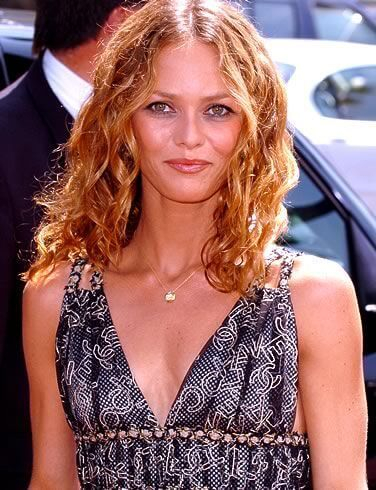 Vanessa Paradis, Height, Weight, Bra Size, Age, Measurements