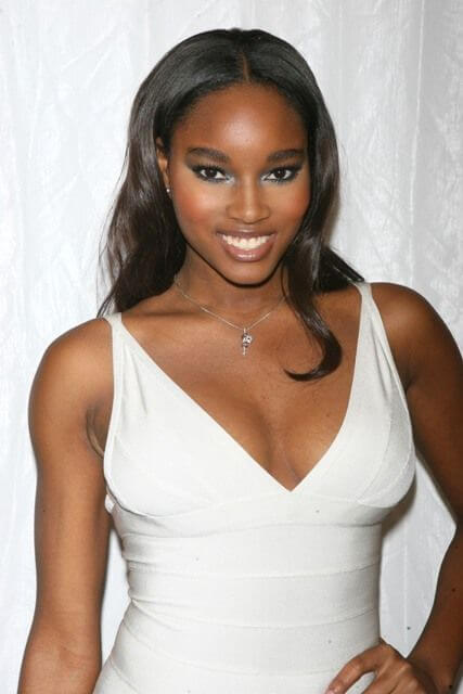 Damaris Lewis, Height, Weight, Bra Size, Age, Measurements