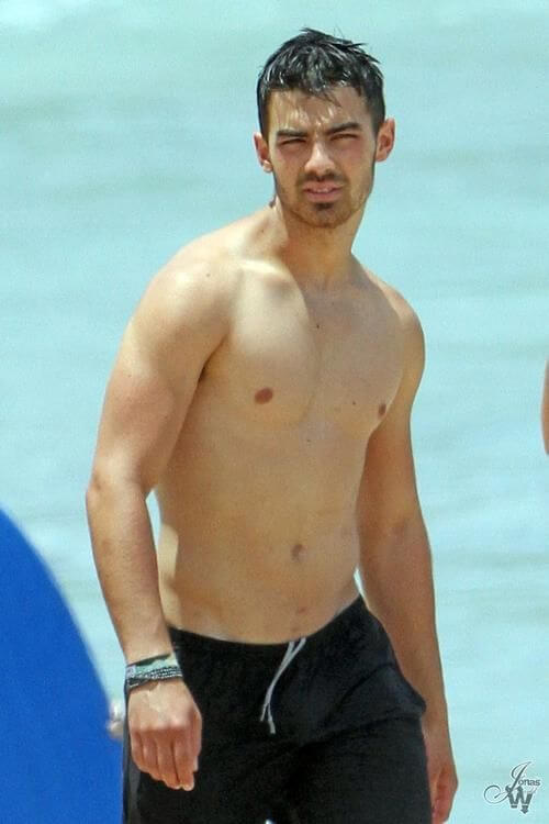 Joe Jonas, Height, Weight, Age, Body Fat Percentage