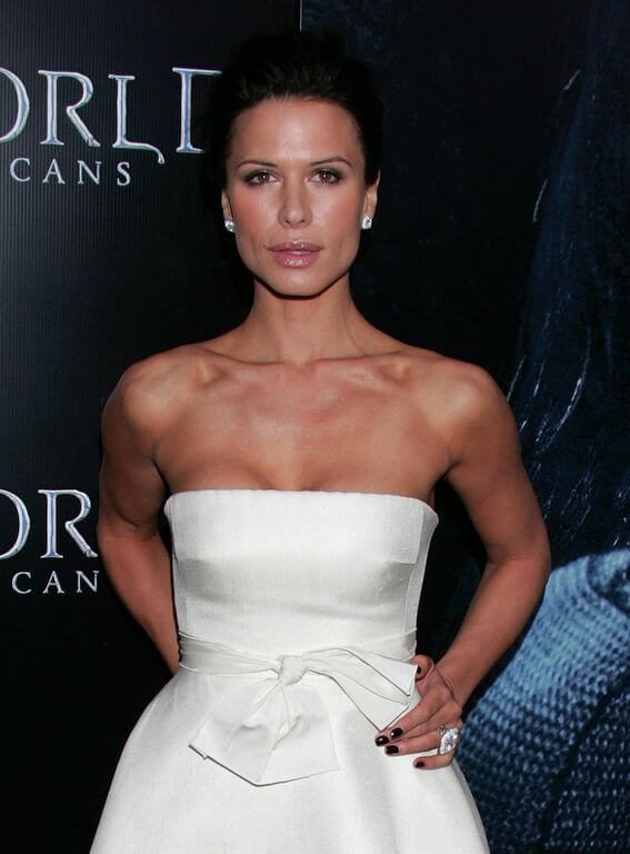 Rhona Mitra measurements