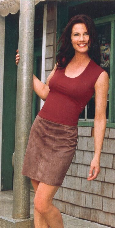 Terry Farrell, Height, Weight, Bra Size, Age, Measurements