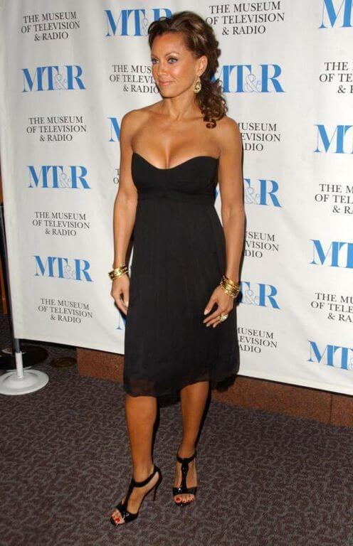 Vanessa Williams, Height, Weight