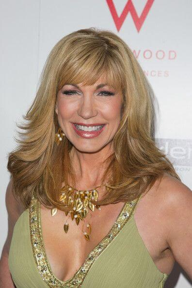 Leeza Gibbons, Height, Weight, Bra Size, Body Measurements