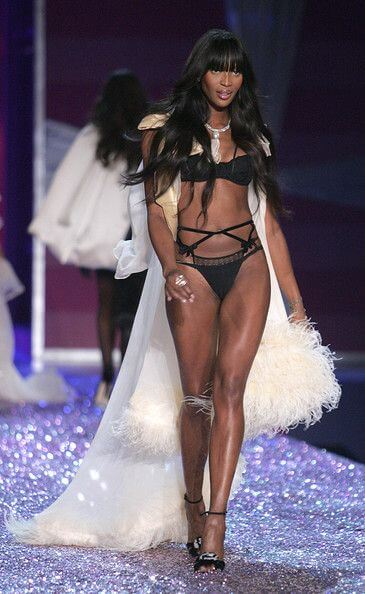 Naomi Campbell Height Weight Body Measurements