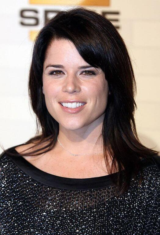 Neve Campbell Measurements