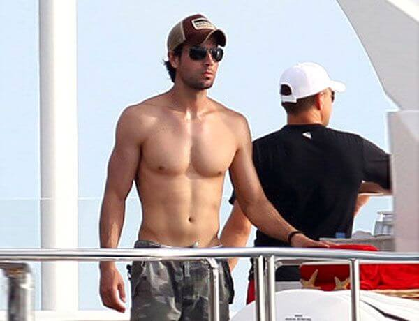 Enrique Iglesias Height Weight