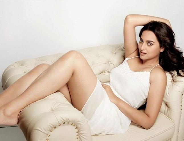 Pujahegdhe Bra Size: Sonakshi Sinha Height, Weight And Body Measurements
