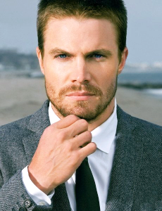 stephen_amell_weight